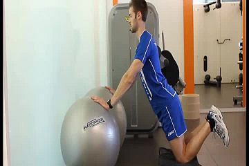 Kneeling push the wall up con doppia fitball